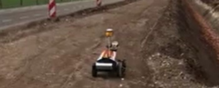 Robot Plotter Rasenberg in action on a road bedding