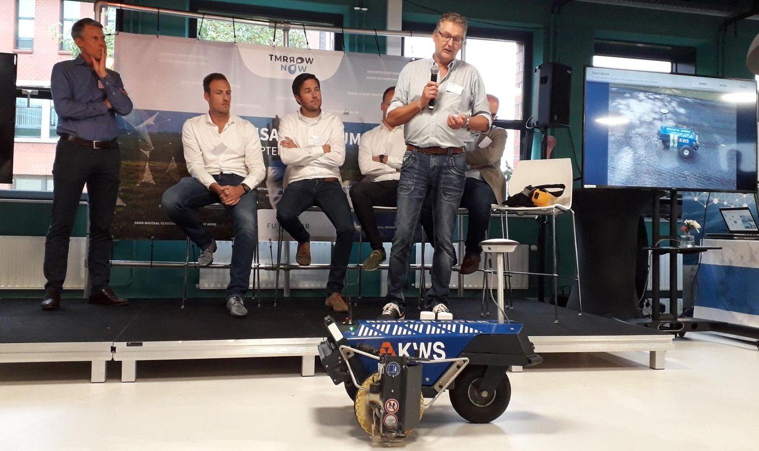 Presentatie Robot Plotter bij VolkerWessels