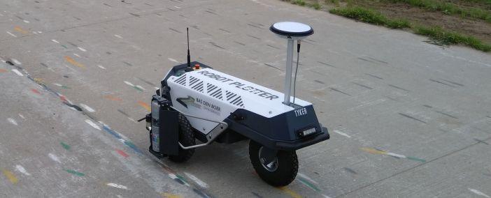 Robot Plotter geliefert an Bas den Boer GWW